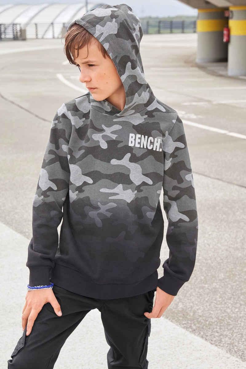Bench. Kapuzensweatshirt »tarnfarben mit Farbverlauf«