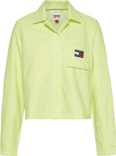 Tommy Jeans Hemdbluse »TJW REGULAR TOMMY BADGE SHIRT« mit Tommy Jeans Logo-Badge & den typischen Tommy Streifen
