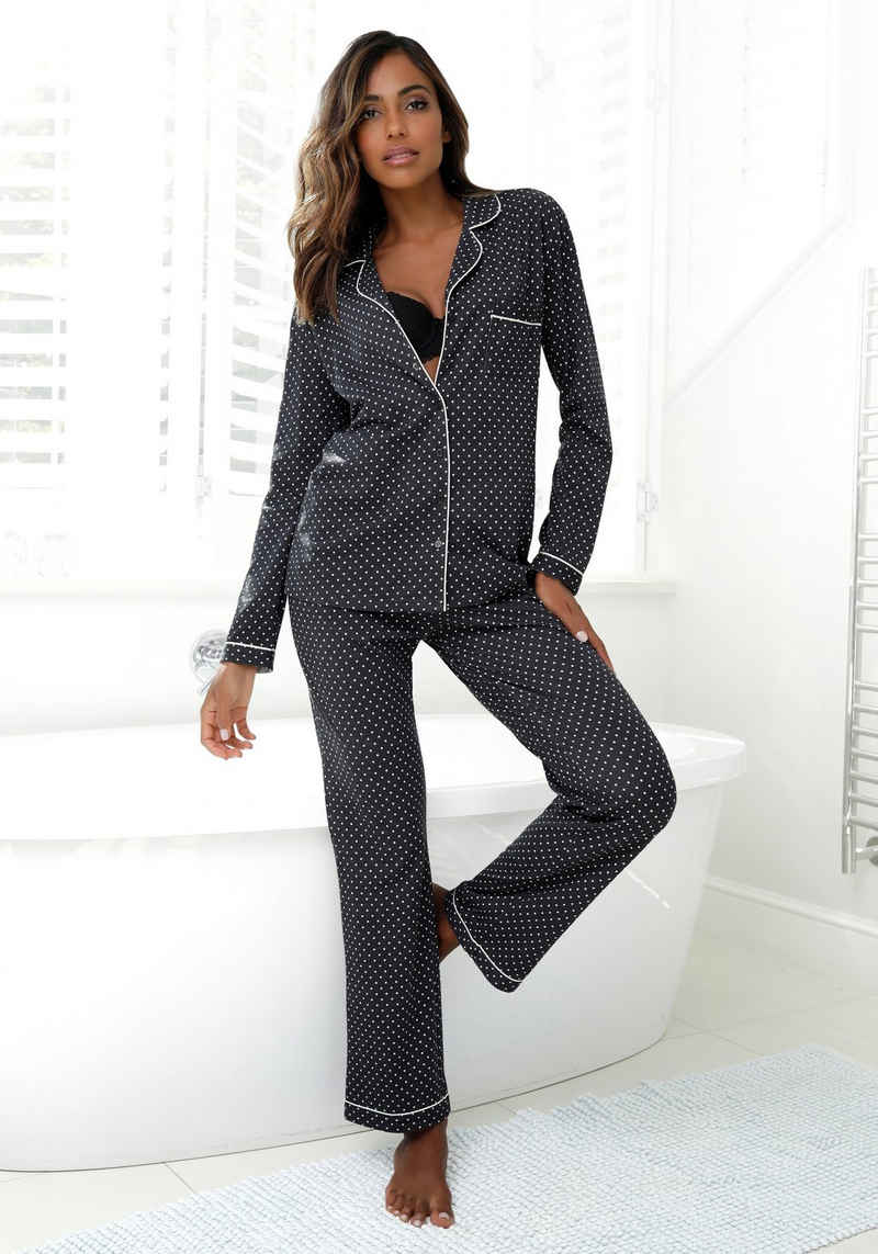 LASCANA Pyjama in klassischer Form mit Knopfleiste