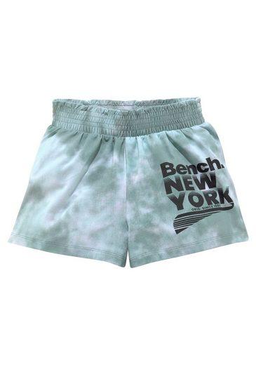 Bench. Shorts in lässiger Jerseyware
