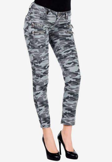 Cipo & Baxx Slim-fit-Jeans mit trendigem Military-Muster