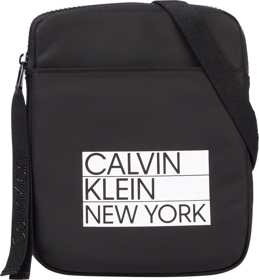 calvin klein -  Umhängetasche »FLATPACK S«, mit Logo Applikation
