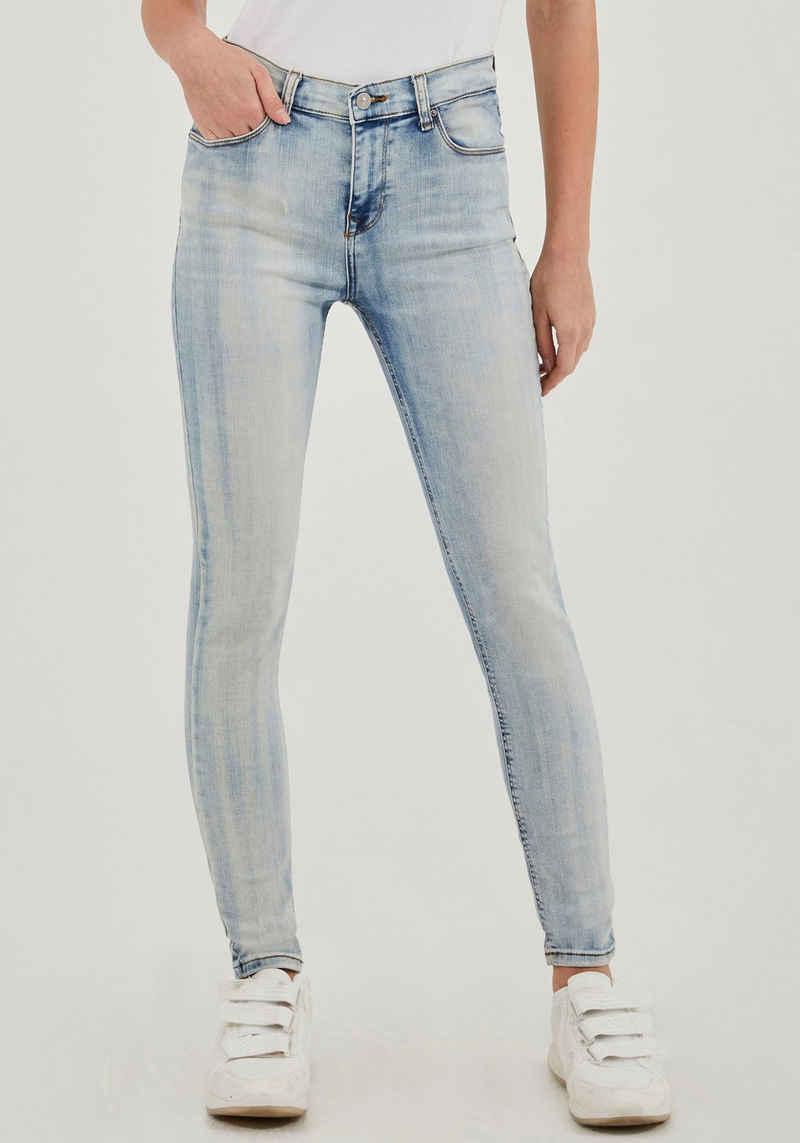 LTB High-waist-Jeans »AMY« mit extra engem Bein, hoher Leibhöhe und im 5-Pocket Stil