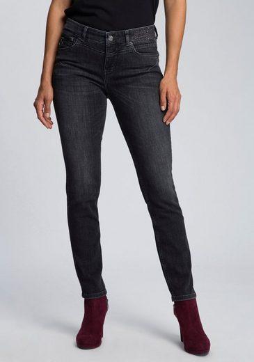 MAC Slim-fit-Jeans »Rich-Slim Glam« Glitzernieten vorne und an den hinteren Taschen