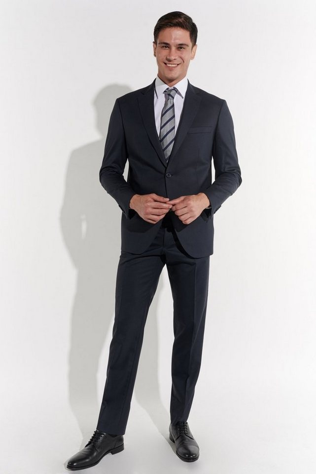 Anzug Zu Klein