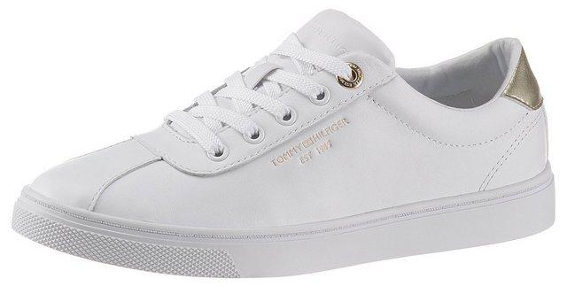 TOMMY HILFIGER »COURT LEATHER SNEAKER« Sneaker mit Kontrastbesatz in Metallicoptik
