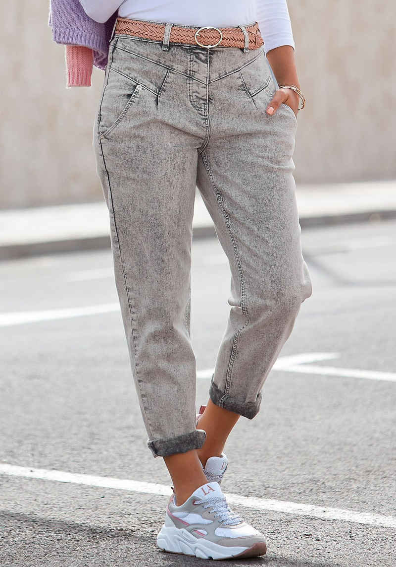 LASCANA Mom-Jeans in Moonwashed-Optik