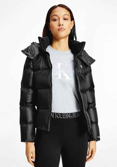 Calvin Klein Jeans Daunenjacke »SHINY DOWN SHORT PUFFER JACKET« mit abnehmbarer Kapuze & CK Logo-Monogramm