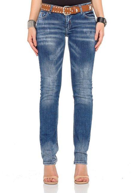 Hosen - Cipo Baxx Bequeme Jeans im Regular Fit Schnitt mit coolem Gürtel › braun  - Onlineshop OTTO