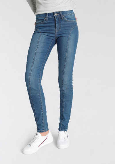 Arizona Slim-fit-Jeans mit modischen Nahtverläufen auf der Front - NEUE KOLLEKTION