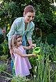 EverEarth® Kinder-Gartenset »Gartenbeutel mit Geräten«, (Set, 5-tlg), FSC®-Holz aus gewissenhaft bewirtschafteten Wäldern, Bild 4