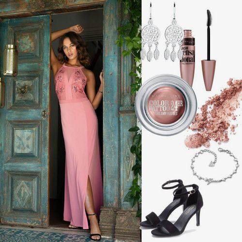 dress-up-5ca22d5eb914250c3d855eb3