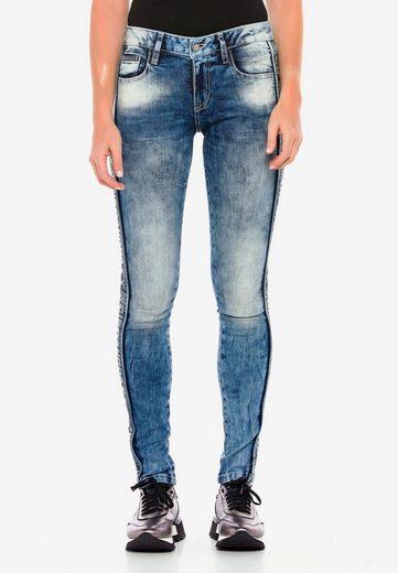 Cipo & Baxx Bequeme Jeans mit Seitenstreifen im Glitzer Look