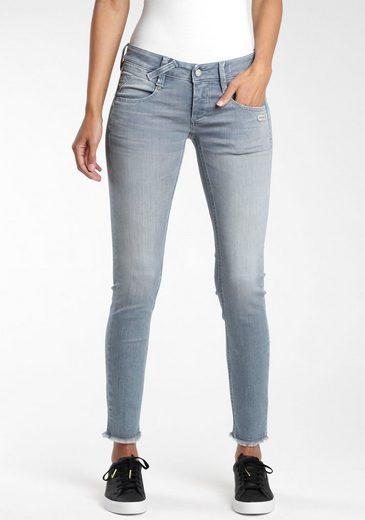 GANG Ankle-Jeans »Nena« mit leicht ausgefranster Kante am Saumabschluss