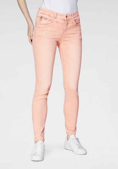 MAC Slim-fit-Jeans »Rich-Slim Terra« Formgebender Sattel vorne und hinten in besonders ökologischer Waschung