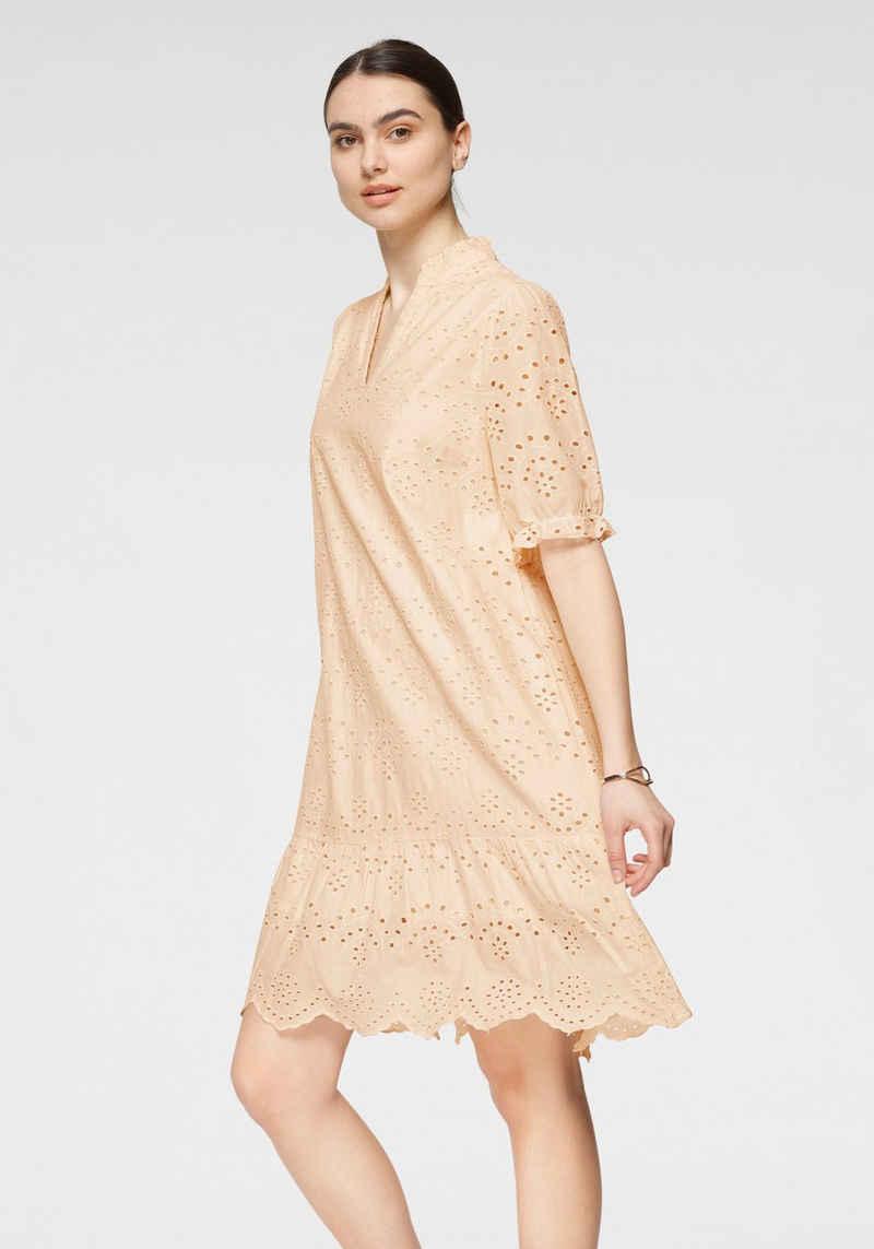 Saint Tropez Blusenkleid in romatischem Lochstickerei -Design