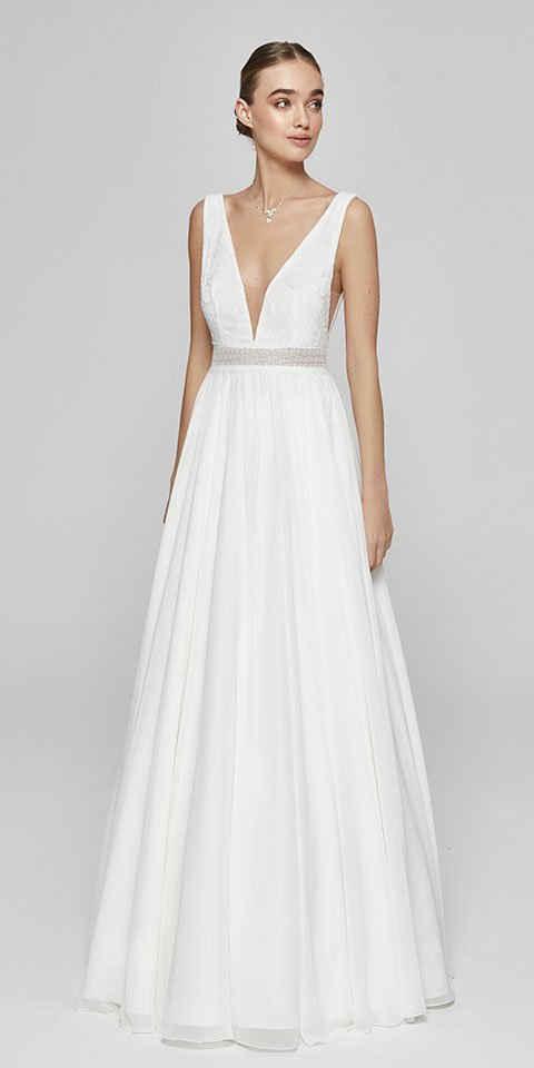 Bride Now! Maxikleid »Brautkleid in A - Linie und V-Ausschnitt aus Spitze und Ciffon« comfortable to wear, bodice with geometric patterns