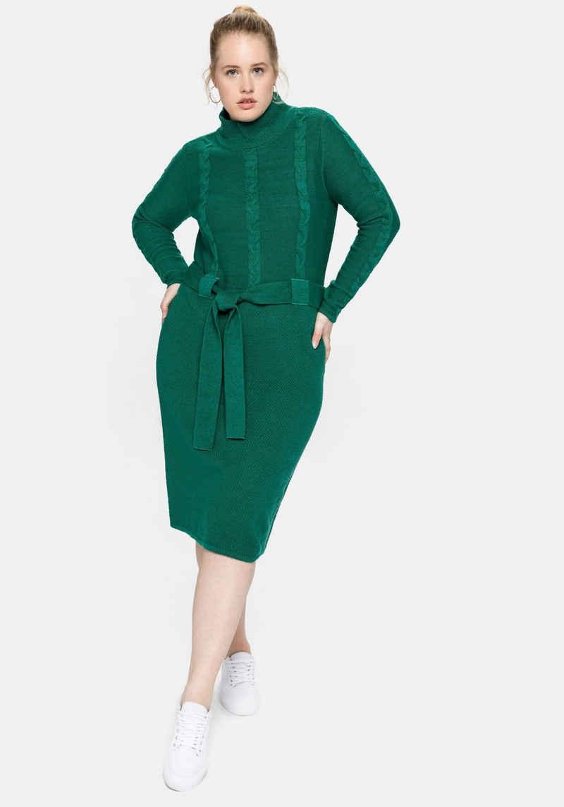 Sheego Strickkleid mit Stehkragen und Gürtel
