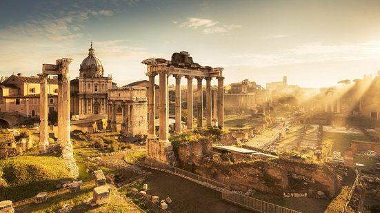 KOMAR Fototapete »Forum Romanum«, Bahnbreite: 50 cm; Motiv bestehend aus mehreren Bahnen