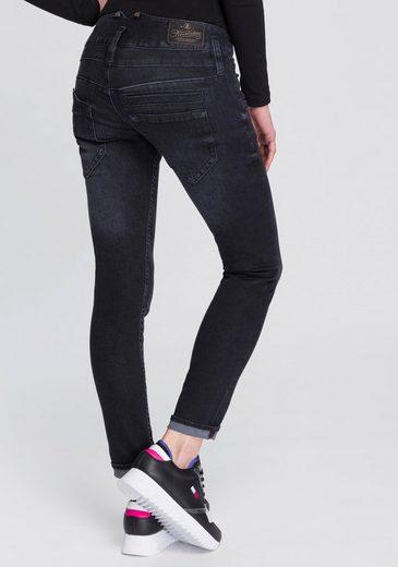 Herrlicher Slim-fit-Jeans »PITCH SLIM REUSED« umweltfreundlich dank der ISKO New Technology