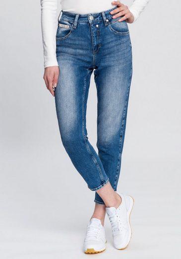 Herrlicher High-waist-Jeans »TOUCH HI CONIC« umweltfreundlich dank dem Einsatz von Recycled Denim