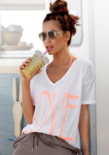 Bench. V-Shirt mit Neonprint