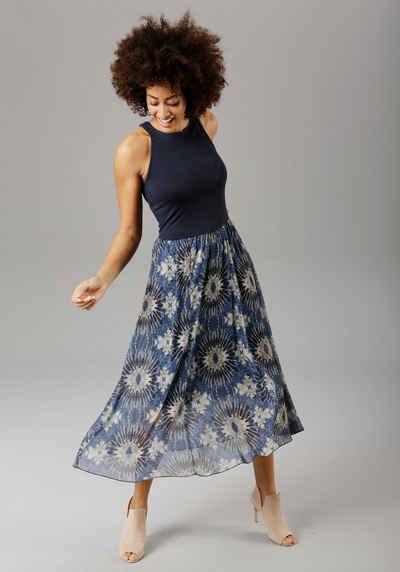 Aniston SELECTED Sommerkleid mit Batik-Druck