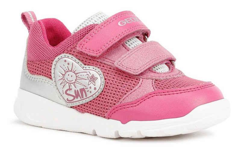 Geox Kids »B RUNNER GIRL C« Sneaker mit Ferseneinsatz im Metallic Look