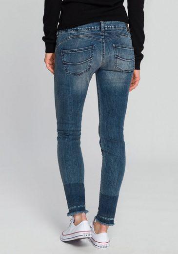Herrlicher Slim-fit-Jeans »GILA SLIM CROPPED« Powerstretch mit seitlichem Keileinsatz