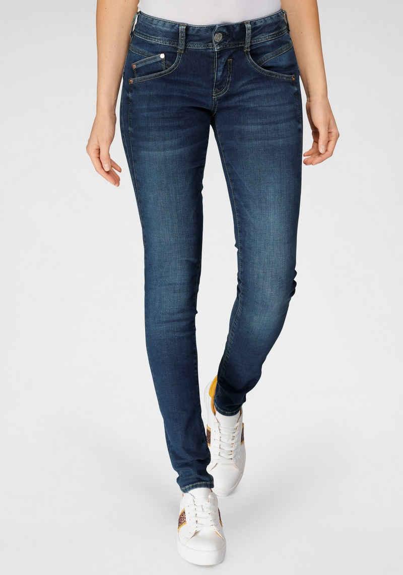 Herrlicher Slim-fit-Jeans »GILA SLIM REUSED DENIM« Nachhaltige Premium-Qualität enthält recyceltes Material