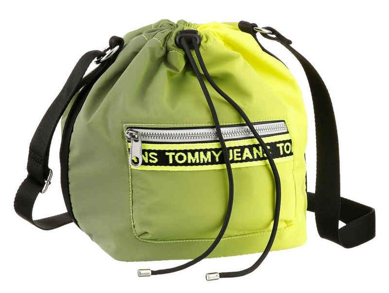 Tommy Jeans Beuteltasche »Mini Logo Tape«, in auffälliger Optik