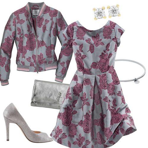 hochzeitsgast-outfit-rosen-fuer-die-trauzeugin-5afa944afa08ef00010d52e4